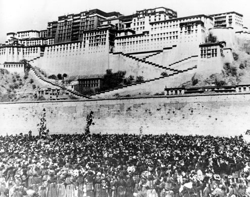 Tibetan-uprising-17-March-001